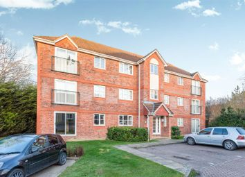 Thumbnail 2 bedroom flat for sale in Dakin Close, Maidenbower, Crawley