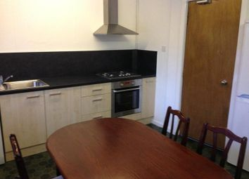 4 bed property to rent in Well Close Rise, Leeds LS7