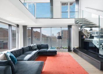 Oakland Quay, London E14. 3 bed flat for sale