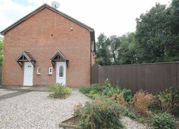 Thumbnail 1 bedroom terraced house for sale in Lapwing Close, Swindon