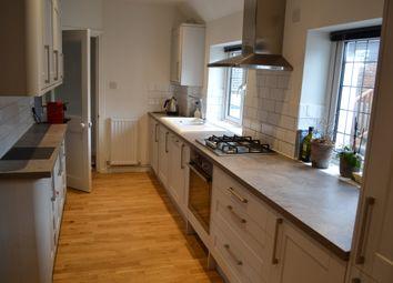 Thumbnail 2 bedroom flat to rent in High Street, Sevenoaks