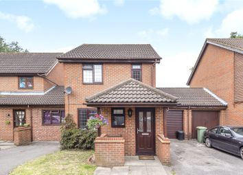 3 bed link-detached house for sale in Glencoe Road, Hayes, Middlesex UB4