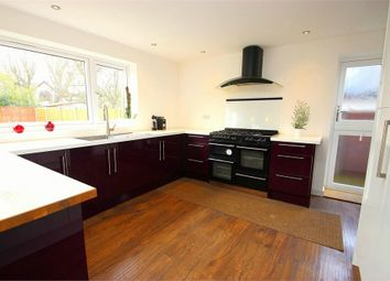Thumbnail Room to rent in Hawthorn Drive, Denham, Buckinghamshire
