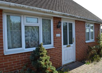 Thumbnail 1 bed terraced bungalow to rent in Bath Road, Thatcham, Berkshire