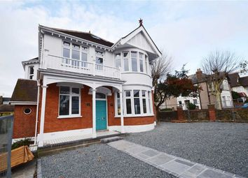 Thumbnail 2 bedroom flat for sale in Preston Road, Westcliff On Sea, Essex