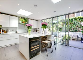 Thumbnail 4 bed detached house to rent in Raddington Road, London