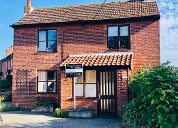 Thumbnail 3 bed detached house to rent in Ravensmere, Beccles