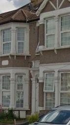 Thumbnail Studio to rent in De Vere Gardens, Ilford