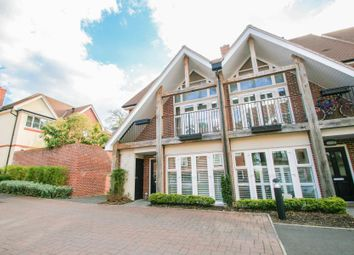 Thumbnail 4 bed property to rent in Romans Close, Guildford