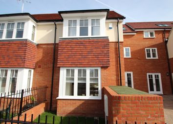 Thumbnail 4 bed terraced house to rent in West Street, Marlow