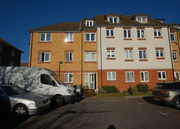 Thumbnail 1 bed property for sale in Crammavill Street, Grays