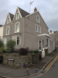 Thumbnail 9 bed town house to rent in Malvern Terrace, Brynmill, Swansea