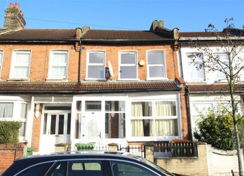3 bed property to rent in Dersingham Avenue, Manor Park E12