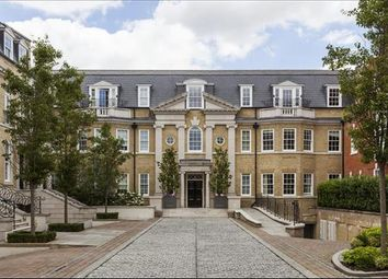 Thumbnail 2 bed flat to rent in Leopold Court, Esher, Surrey