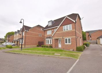 Thumbnail 5 bed detached house to rent in Wellsfield, Bushey, Hertfordshire