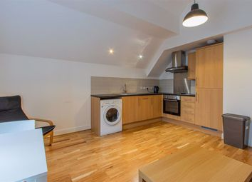 2 bed flat to rent in Churchill Villas, City Centre, (2 Bed) CF10