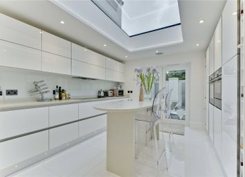 Thumbnail 4 bed property to rent in Ruxley Towers, Ruxley Ridge, Claygate, Esher