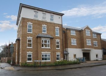 Thumbnail 2 bed flat to rent in Parsonage Road, Horsham, West Sussex
