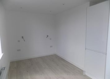 Thumbnail Studio to rent in Bonville Road, Bromley