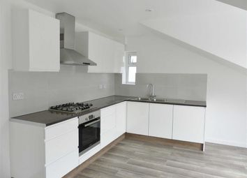Thumbnail 3 bedroom flat to rent in Fairholme Gardens, Finchley