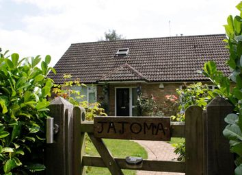 Thumbnail 4 bedroom detached house to rent in Ramscote Lane, Bellingdon, Chesham