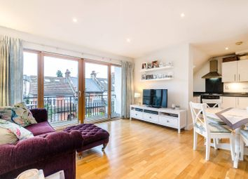 Thumbnail 2 bed flat for sale in Bankwell Road, Blackheath