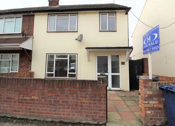 2 bed maisonette to rent in Hambrough Road, Southall UB1