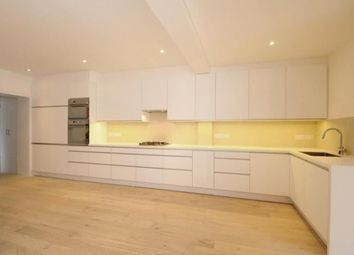 Thumbnail 5 bed flat to rent in Oval Road, London