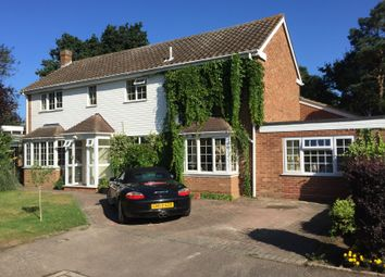 Thumbnail 4 bed shared accommodation to rent in Chudleigh Close, Bedford