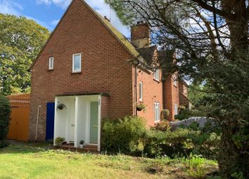 Thumbnail 2 bed flat to rent in Blackhorse Crescent, Amersham
