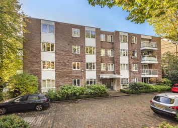 Thumbnail Flat for sale in Imperial Court, Highgate