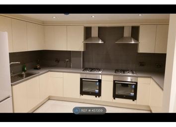 Thumbnail Room to rent in Alpha Grove, London