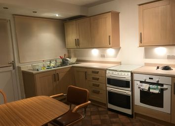 3 bed end terrace house to rent in Wentworth Road, Southall UB2