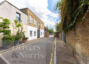 2 bed maisonette for sale in Hercules Place, Islington, London N7