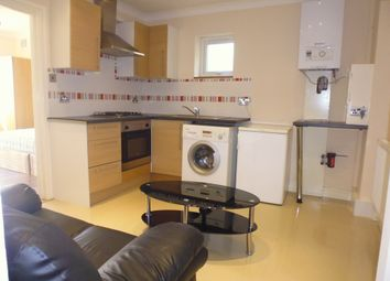 Thumbnail 2 bed flat to rent in Many Gates, Balham, London