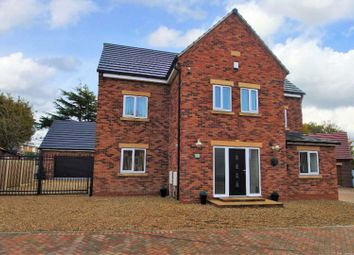 Thumbnail 5 bed detached house for sale in Sandy Hill Lane, Dinnington, Sheffield