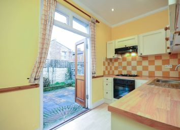 Thumbnail 1 bed flat to rent in Graham Road, Chiswick