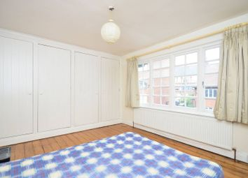Thumbnail 4 bed property to rent in Flanders Road, Chiswick, London