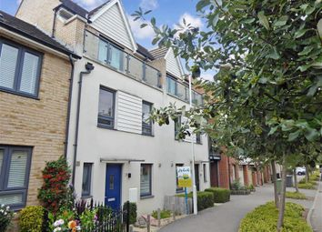 3 bed town house for sale in Darwin Avenue, Maidstone, Kent ME15