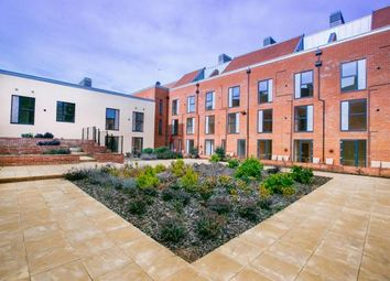 Thumbnail 2 bed flat for sale in Candleford Court, Buckingham, Buckinghamshire, Bucks