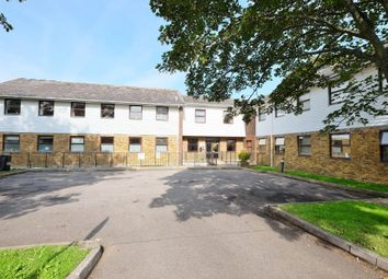 2 bed flat for sale in Gladstone Road, Farnborough, Orpington BR6