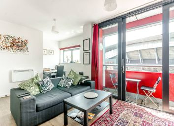 Thumbnail 1 bed flat for sale in Drayton Park, Islington