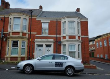Thumbnail 5 bed flat for sale in Wingrove Gardens, Fenham, Newcastle Upon Tyne