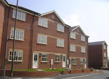 Thumbnail 3 bed town house to rent in Bolsover Road, Mastin Moor, Chesterfield