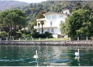 Thumbnail 9 bed villa for sale in Lecco, Lombardy, Italy