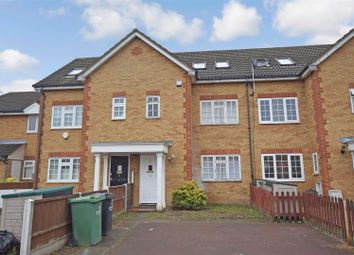 4 bed property to rent in Veals Mead, Mitcham CR4