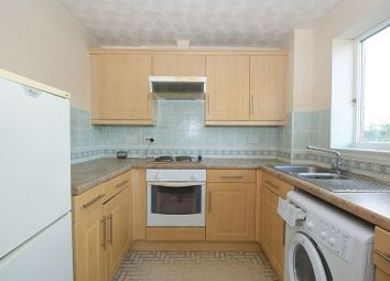 1 bed flat for sale in Josling Close, Grays RM17