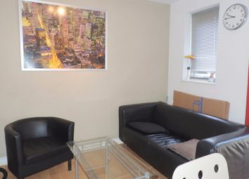 Thumbnail Room to rent in Pattina Walk, Canada Water