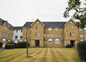 Thumbnail 2 bed flat for sale in Cambridge Road, Southend-On-Sea