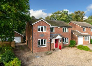 Thumbnail 4 bed detached house for sale in Hunting Gate, Hemel Hempstead, Hertfordshire